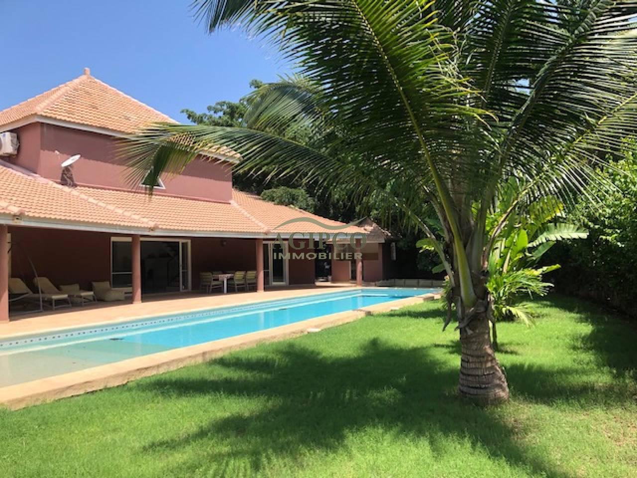 Saly, petite côte, 5 chambres, piscine